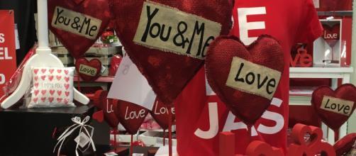A veces no hace falta desembolsar mucho dinero para regalar algo romántico en San Valentín.