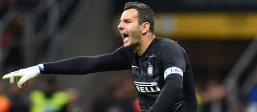 Inter, occhi su Viviano: ci sarebbero dubbi per i tempi di recupero di Handanovic