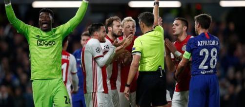 L'Uefa ha ammesso informalmente l'errore tecnico di Rocchi in Chelsea-Ajax.