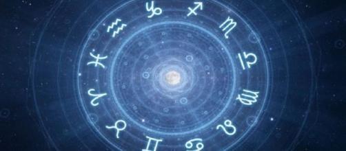 Previsioni astrologiche per tutti i segni zodiacali per la settimana da lunedì 17 a domenica 23 febbraio, l'oroscopo settimanale.