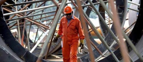Produzione industriale: l'Istat registra un calo dell'1,3% su base annua