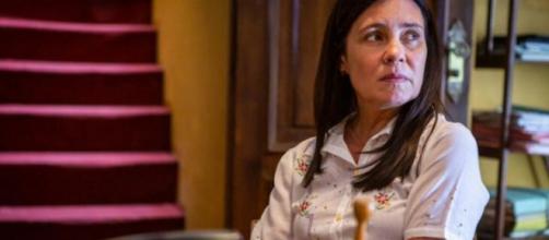 Thelma vai servir de barriga de aluguel ao filho, numa gravidez de risco. (Reprodução/TV Globo)