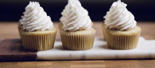 How To Make Vegan Vanilla Cupcakes [Source: Make It Dairy Free - YouTube]