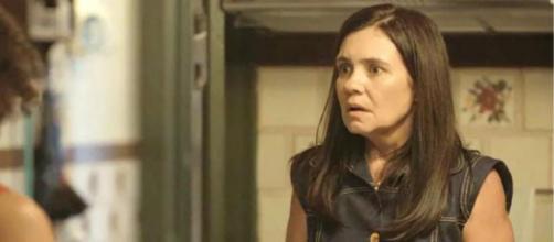Thelma revelará tudo a Durval em 'Amor de Mãe'. (Reprodução/TV Globo)