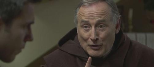Una Vita, spoiler al 21 febbraio: Frate Guillermo verrà assassinato.