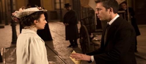 Una Vita, spoiler Spagna: il Martinez viene accusato di aver derubato Lucia.