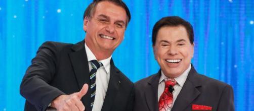 Jair Bolsonaro e Silvio Santos já vem estreitando uma relação desde 2019, tanto que a emissora demonstra apoio ao governo. (Reprodução/wikimedia)