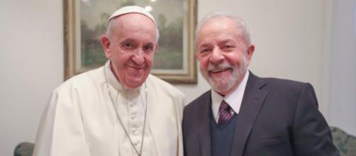 Lula se encontra com o Papa Francisco no Vaticano. (Ricardo Stuckert / Reprodução Twitter)