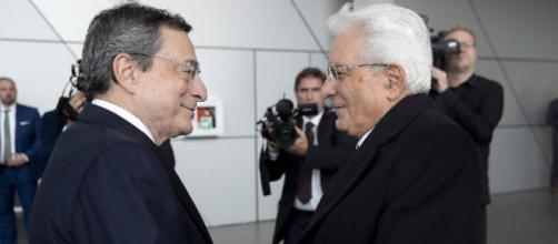 Si fa strada l'ipotesi di un governo guidato da Mario Draghi
