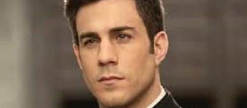 Una Vita, trama domenica 16/02: Telmo prova a convincere Lucia a non sposare Samuel