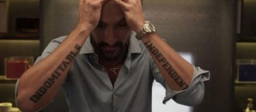Vilão não conseguirá eliminar seus inimigos em 'Amor de Mãe'. (Reprodução/TV Globo )