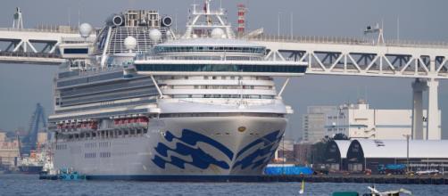 Gobierno de Trump evacuará a los estadounidenses en riesgo por Conoravirus, a bordo del crucero en Japón. - prensalibre.com