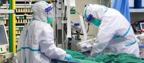 Coronavirus: Australia se suma a EE.UU. y prohíbe acceso de viajeros provenientes de China. - emol.com