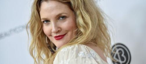 Drew Barrymore Shares Crying Selfie to Show That No One Is Immune ... - thriveglobal.com