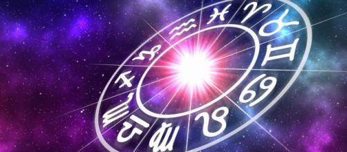 L'oroscopo del 18 febbraio: stanchezza per l'Ariete, energia per la Bilancia.