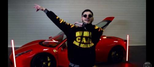 """RVFV, en su videoclip """"Prendío Remix""""."""
