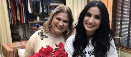 Bianca acompanhada da mãe, Monica Andrade. (Reprodução/GShow)