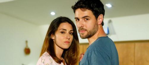 Un posto al sole, Serena (Miriam Candurro) e Leonardo (Erik Tonelli).