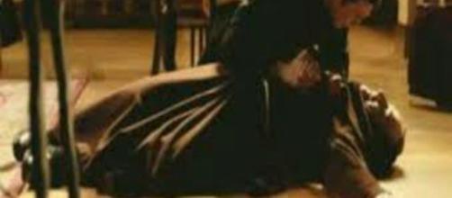 Una vita, trama del 18 febbraio: Fra Guillermo assassinato, Ursula sospettata.