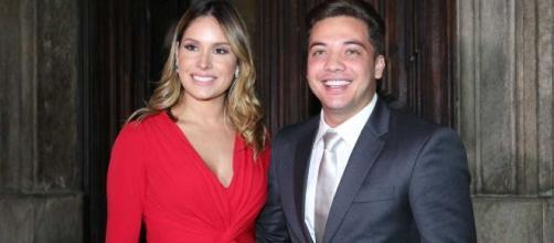 'Agora os gêmeos vêm', comenta Wesley Safadão em foto com Thyane. (Arquivo Blasting News)