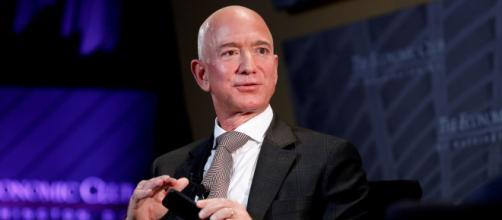 Jeff Bezos mostró especial interés en la conservación ambiental del planeta. - com.ar