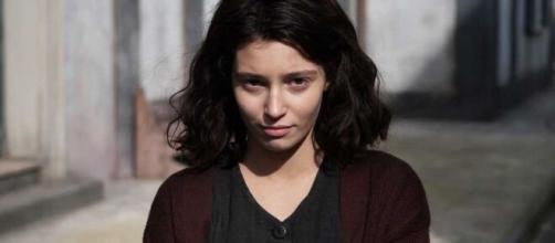 L'amica geniale: Gaia Girace lascerà il personaggio di Lila nella terza stagione 'Spero che chi prenderà il mio posto la ami quanto la amo io'.