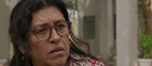 Lurdes ficará em choque ao ouvir segredo sobre a origem de Danilo em 'Amor de Mãe'. (Reprodução/TV Globo)