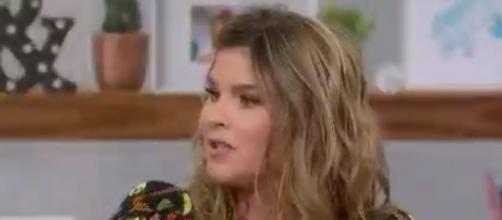 """Jenna Bush Hager reveals a very personal and powerful conversation with her dad about drinking during """"Hoda & Jenna"""" [Image source:TODAY-YouTube]"""