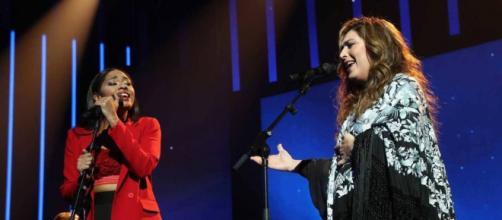 Nía, concursante de 'OT 2020', y Estrella Morente en su actuación (TVE)