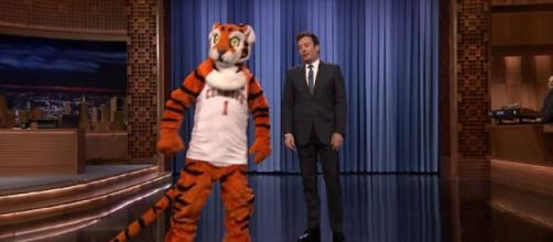 LSU fans raised money for a new Clemson mascot [Image Source: The Tonight Show Starring Jimmy Fallon/YouTube]