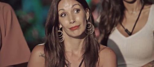 Mónica Naranjo pone contra las cuerdas a Fani.