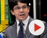 O relator do texto que garante o 13º para beneficiários do Bolsa Família é Randolfe Rodrigues. (Arquivo Blasting News)