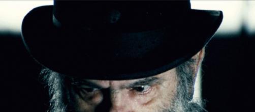 Morreu José Mojica, a lenda do cinema de terror brasileiro com seu 'Zé do Caixão.' (Arquivo Blasting News)