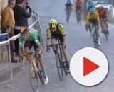 Dylan Teuns nel finale della terza tappa della Vuelta Andalucia