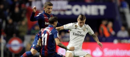 Kroos o el último gallo en el revuelto gallinero del Madrid - culemania.com