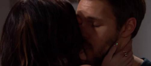 Beautiful anticipazioni Usa: Liam dorme con Steffy e Hope cade nello sconforto