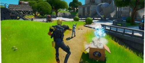 Decoy Grenades can give 'Fortnite' players a lot of resources. [Image Source: In-game screenshot]