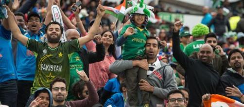 Pakistan Super League bringing a cricket-crazy country (Image via PTV Sprots Screencap)