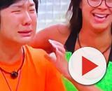 Pyong vê foto do filho Jake Lee pela primeira vez e se emociona no 'BBB'. (Reprodução/TV Globo)