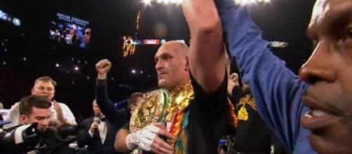 Tyson Fury è il nuovo campione del mondo dei pesi massimi versione WBC.