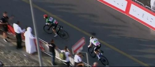 Caleb Ewan vince la tappa di Hatta Dam allo UAE Tour