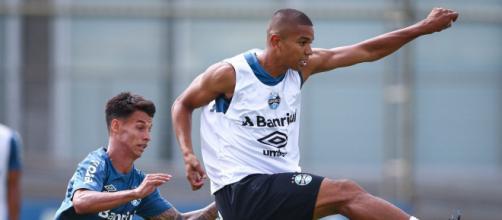 Grêmio busca soluções para enfrentar o América de Cali pela Libertadores. (Arquivo Blasting News)
