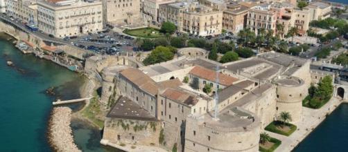 Un forte odore di gas pervade da giorni la città di Taranto.