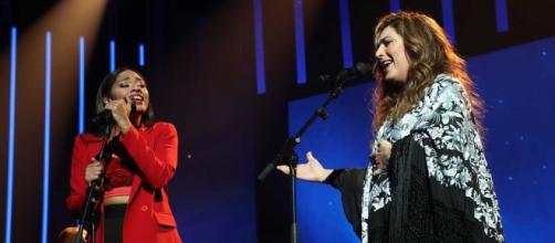 Estrella Morente y Nia durante la polémica actuación. RTVE