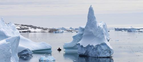 Icebergs in Antarctica melting due to climate change. [Image Credit/Christof46 Wikimedia Commons]