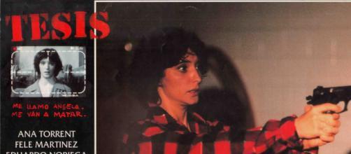 Tesis | 1996 | Movie posters La cinta española 'Tesis' de 1996 dirigida por Alejando Amenábar será una serie televisiva