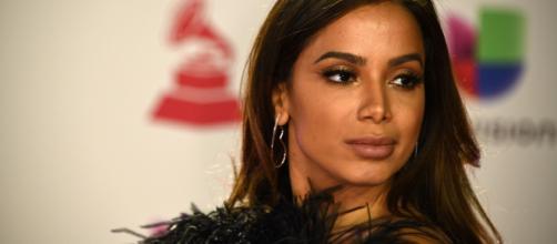 Anitta defende Lexa depois de comentários sobre tombo da cantora. (Arquivo Blasting News)