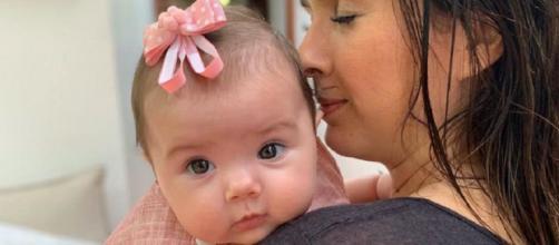 Clara é a primeira filha de Tatá Werneck e Rafael Vitti. (Reprodução/ Instagram/ @tatawerneck)