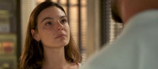 Cena em que Betina encarou Álvaro foi uma surpresa para Isis Valverde. (Reprodução/TV Globo)