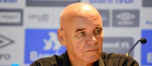 Morre o técnico Valdir Espinosa, aos 72 anos. (Arquivo Blasting News)